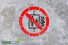 """Schablone """"Aufzug im Brandfall nicht benutzen"""""""