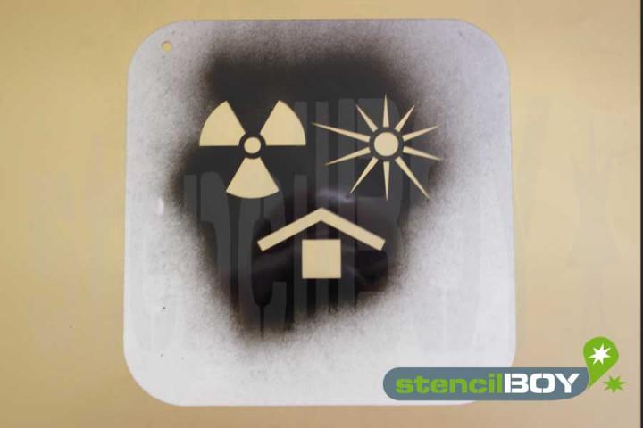 """""""Vor Hitze und radioaktiven Strahlen schützen"""" Kunststoffschablone"""